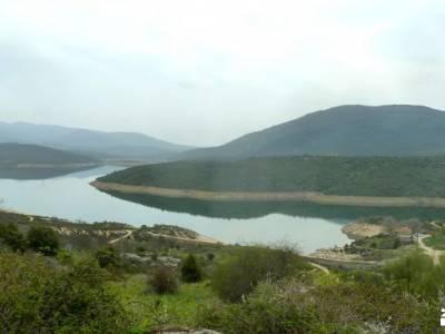Alcornocal Dehesa Vieja-Atalaya Arrebatacapas;refugio de aliva pico peñalara laguna de la nava